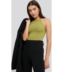 na-kd high neck ribbed body - green