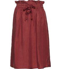cupro skirt with tie detail at waistband knälång kjol röd scotch & soda