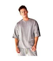 camiseta oversized em moletinho brohood manga curta masculina