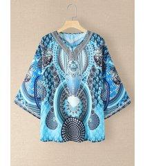camicetta con scollo a manica lunga con stampa etnica modello per donna
