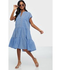 y.a.s yascucia ss dress - icon s. loose fit dresses