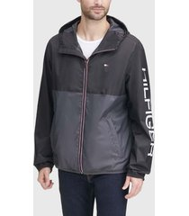 chaqueta tommy hilfiger nylon colorblock jacket negro - calce regular