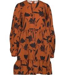 effie botanical rust printed dress kort klänning brun mother of pearl