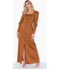 glamorous puff sleeve dress maxiklänningar