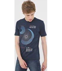 camiseta dudalina lost azul-marinho - azul marinho - masculino - algodã£o - dafiti
