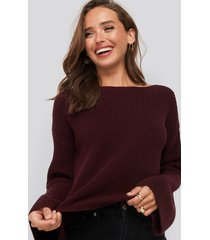 na-kd cropped long sleeve knitted sweater - burgundy