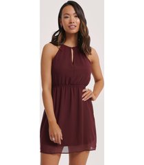 na-kd party halterneck chiffon mini dress - red