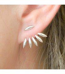 donna trendy orecchini a chiodo d'argento e oro con disegno di zampa appuntita