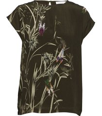 top w. autumn fly print blouses short-sleeved svart coster copenhagen