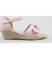 sandália infantil com lurex e laço rosa claro