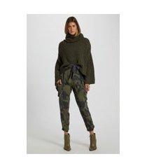 calça cargo com punho elástico estampa camuflado est camuflado textura verde - 44