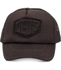 deus ex machina men's baylands trucker hat