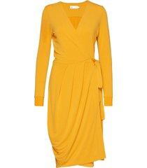 imeldaiw wrap dress knälång klänning gul inwear