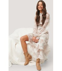 na-kd trend smocked waist midi dress - white