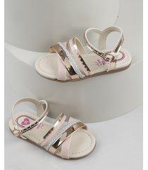 sandália infantil molekinha com tiras metalizadas rosa