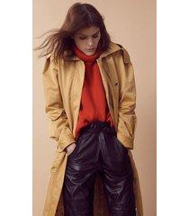 trench coat com bolso cinto e capuz marrom nozes - 42