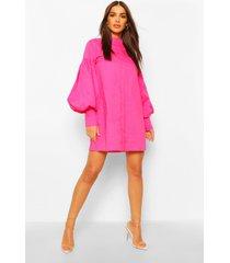 blouse jurk met volle mouwen en hoge kraag, felroze