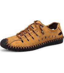 sneakers in microfibra traforata con cucito
