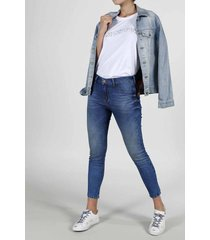 jean para mujer topmark, silueta poppy tiro medio, plano y cintura con pretina