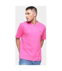 camiseta básica masculina pierre cardin malha lisa casual amarelo p rosa