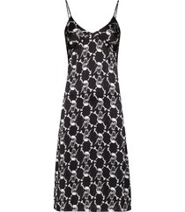 ashley williams printed fitted mid-length dress - black
