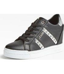 skórzane sneakersy z aplikacjami w kształcie gwiazd model fayne