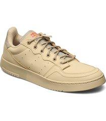 supercourt låga sneakers beige adidas originals