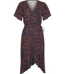 jurk lisca lima zomerjurk van middellange lengte met korte mouwen