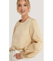 na-kd trend quilted balloon sleeve blouse - beige