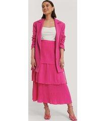 manon tilstra x na-kd plisserad ankellång kjol - pink