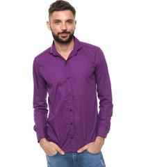 camisa violeta vinson thomas