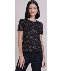blusa feminina estampada de flores manga curta decote redondo preto