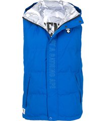 aape by *a bathing ape® embroidered logo padded gilet - blue