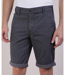 bermuda masculina reta com bolsos e barra dobrada cinza