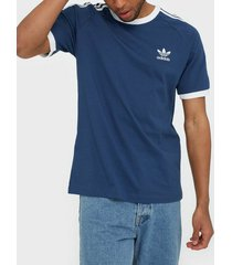 adidas originals 3-stripes tee t-shirts & linnen marin blå