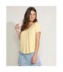 camiseta feminina básica manga curta decote v amarela