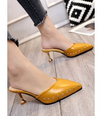 pointed toe slippers