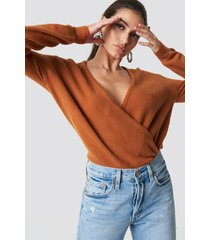 na-kd trend overlap knitted sweater - brown,copper