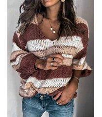 suéter con cuello de pico a rayas en bloques de color
