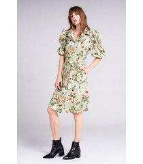 vestido corto tipo camisero estampado floral