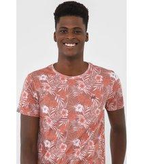 camiseta rock&soda folhagem vermelha - kanui