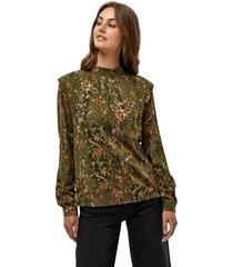lela blouse