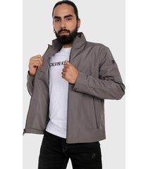 chaqueta gris calvin klein