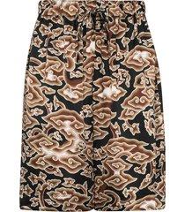 edward crutchley cloud-print bermuda shorts - brown