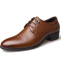 il modello a coccodrillo degli uomini classic toe pointed merletti in su i pattini di vestito da affari