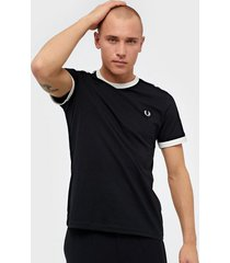 fred perry taped ringer t-shirt t-shirts & linnen black