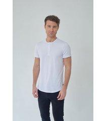 henley t shirt blanca, manga corta