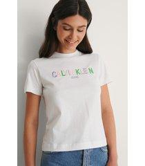 calvin klein ekologisk t-shirt med logga - white