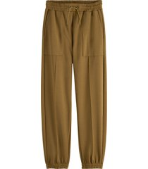 maison scotch 163685-0456 sweat pants. patched on pockets contains tencel