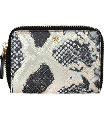 women's kelly wynne money maker leather zip wallet - black